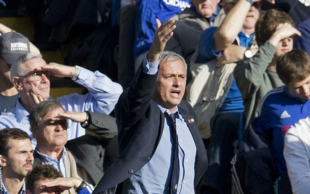 Chelsea manager Jose Mourinho protests during his side's 3-1 home Premier League loss to Liverpool on October 31, 2015 at Stamford Bridge Stadium in London. Photo Ian Tuttle / Backpage Images / DPPI