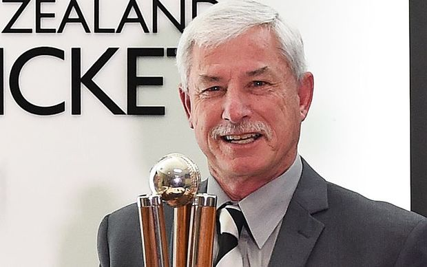 Sir Richard Hadlee with the Chapell-Hadlee trophy.