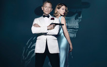Daniel Craig and Lea Seydoux star in the latest James Bond film, Spectre