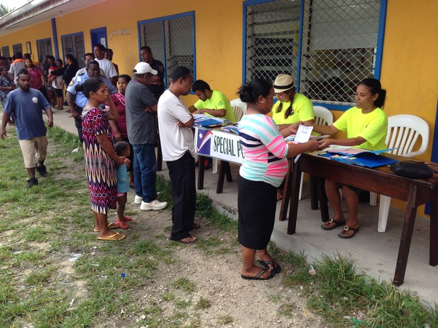 Marshall Islands voters went to the polls Monday to elect national and local leaders. In Majuro, thousands of voters got out to cast their votes early, with many of the polling stations busy from 7am opening time