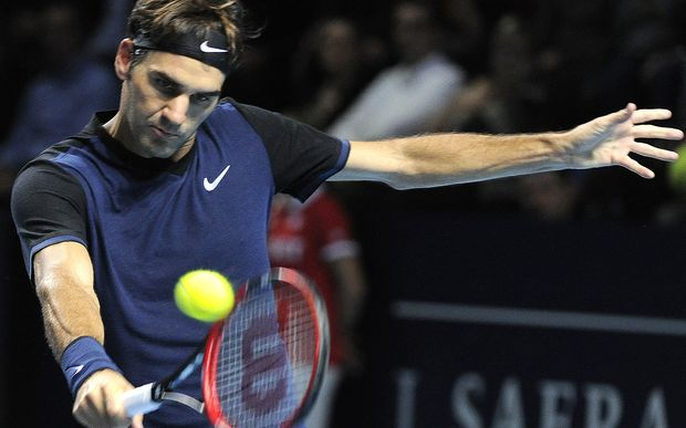 Roger Federer has ended Novak Djokovic's winning streak.