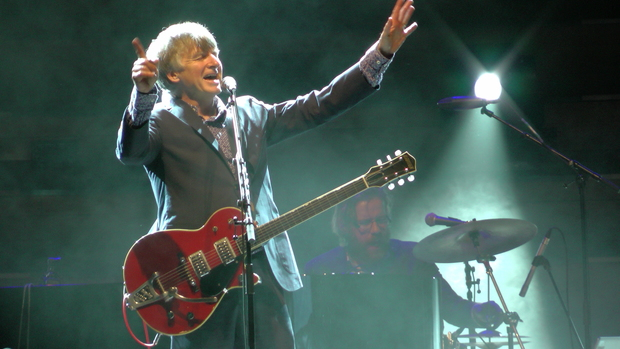 Neil Finn performing at Auckland Town Hall