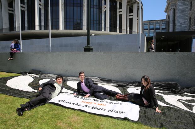 Francisco Hernandez, James Young-Drew and Lisa McLaren outside Parliament, just before they left for Paris as part of the New Zealand Youth Delegation to the UN climate talks.
