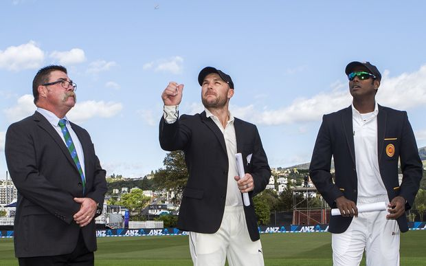 Brendon McCullum (middle) and Angelo Matthews at the toss for the first test in Dunedin.