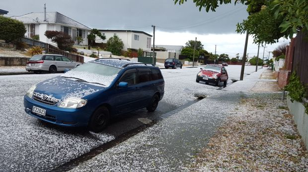 Hail in North Brighton