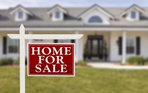 For Sale Sold Sign: 3% Of Homes Bought By Overseas Buyers