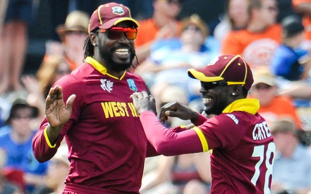 Chris Gayle (left)