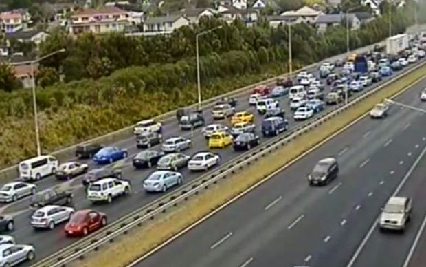 Christmas Eve traffic on Auckland's Southern Motorway