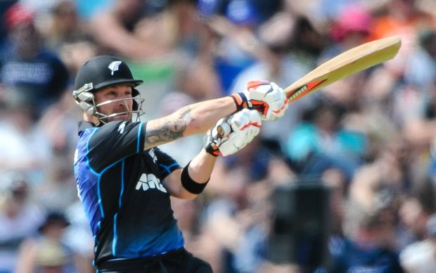 Brendon McCullum in fine form for the Black Caps against Sri Lanka, Hagley Oval, Christchurch, 26th December 2015. Copyright Photo: John Davidson / www.photosport.nz