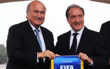 Eugenio Figueredo (R) with suspended FIFA president Sepp Blatter (L)