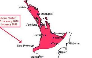 A MetService graphic showing the parts of the North Island expected to be hit by thunder.