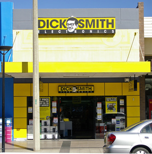 Dick Smith is going into voluntary receivership