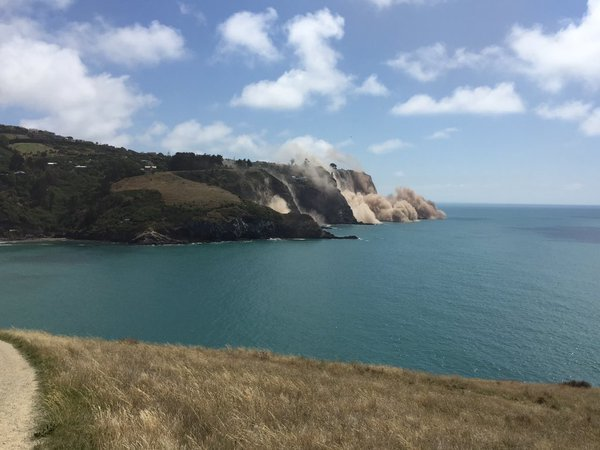 Cliff collapses at Taylors Mistake after 5.7 earthquake.