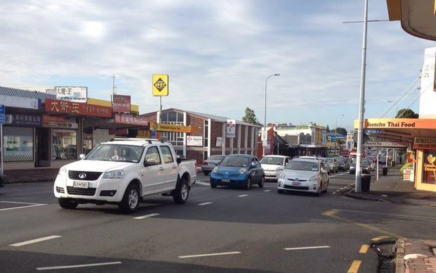 Some drivers on Dominion Road took to the bus lanes, despite police warnings