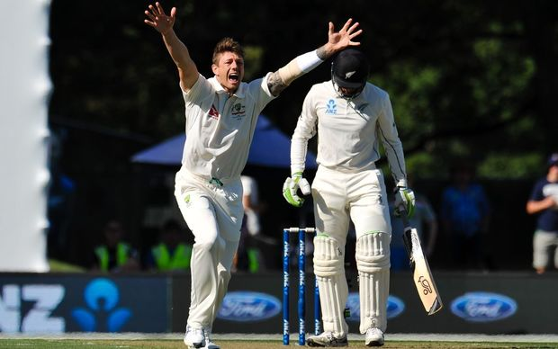 Australia's James Pattinson appeals for the wicket of New Zealand's Martin Guptill at Hagley Oval, Christchurch, 20th Febuary 2016. Copyright Photo: John Davidson / www.photosport.nz