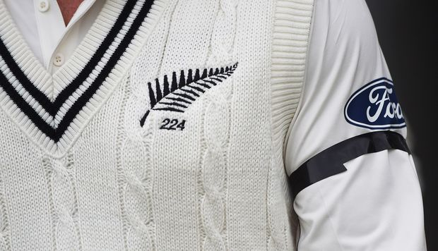 Brendon McCullum wears a black armband in remembrance of the Christchurch earthquake of February 22, 2011. 2nd Test vs Australia 2015.