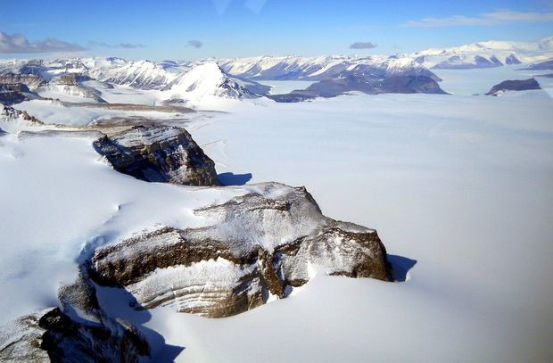 Ice from East Antarctica flowing through the Transantarctic Mountains. 16 million years ago this region would have been ice-free and covered in tundra vegetation.
