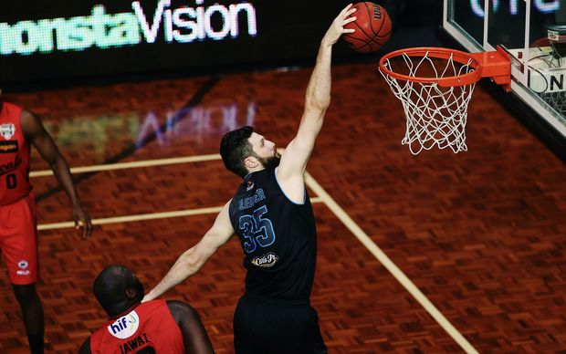 Alex Pledger of the Breakers with a dunk down the lane during the ANBL Grand Final game against the Perth Wildcats.