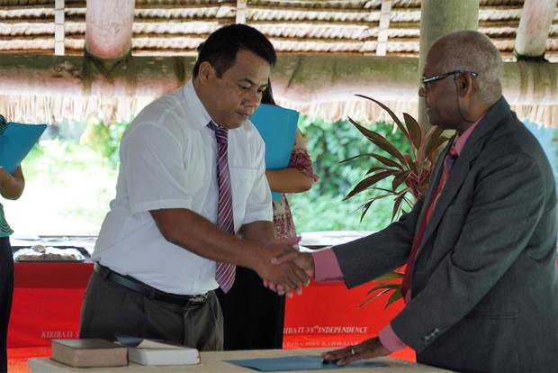 Concerns over the selling of expired goods in Kiribati