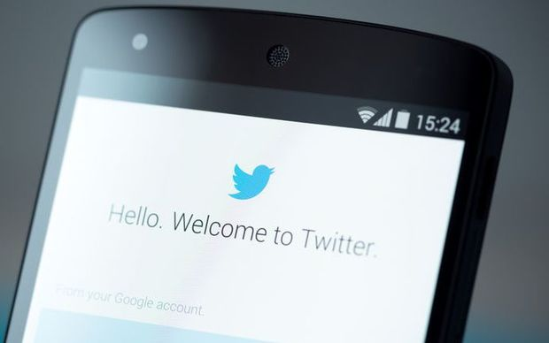 how to delete twitter on phone