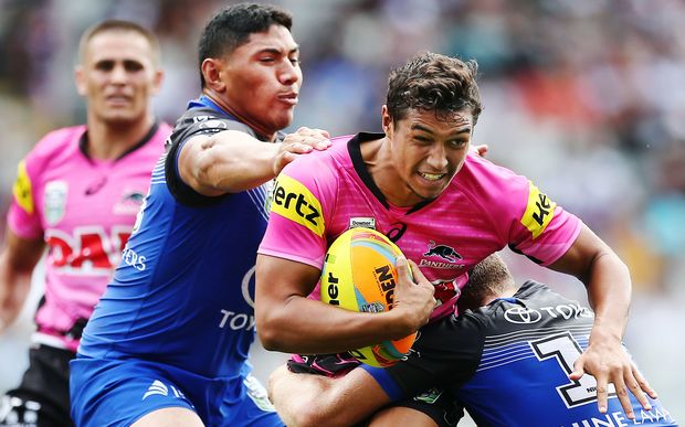 Te Maire Martin in action for Penrith at the Auckland Nines.