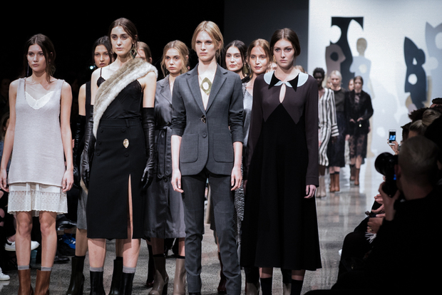 Kate Sylvester revisits a  Beecroft-esque presentation during NZFW 2015