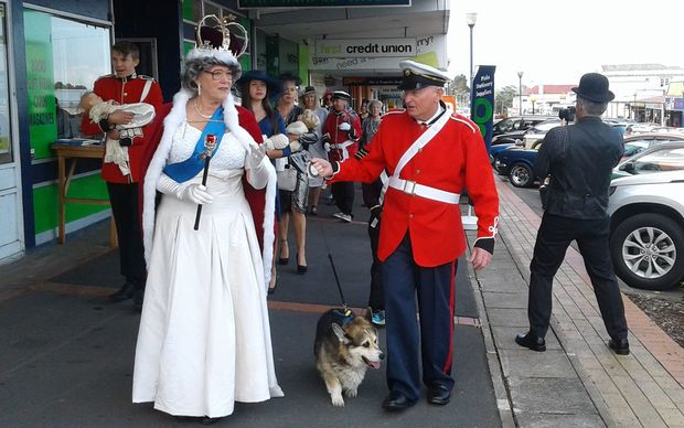 The Queen (Avalon Fryer) and Prince Phillip (John Fryer) take a walk around Te Aroha.