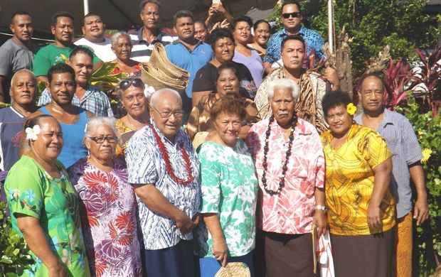Leota Leulua'ialii Itu'au Ale, third from left with his wife and members of his family when he returned to Solosolo village recently.