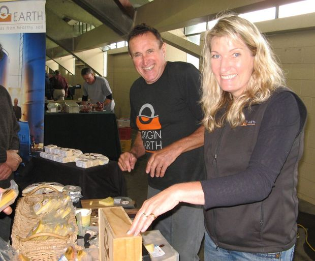 Richard and Joanie Williams at Hawkes Bay Farmers' market