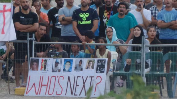 Staff sent home as Nauru refugee detention centre chaos mounts