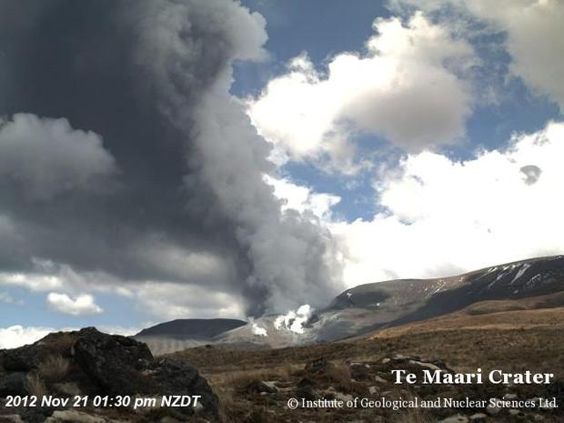 Eruption as seen from the Te Maari Crater webcam