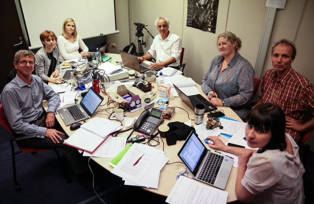 (L-R) Patrick O'Meara, Lee Taylor, Jessica Mutch, Gyles Beckford, Jane Patterson, Andrea Vance and Nicky Hager at work on the Panama Papers.
