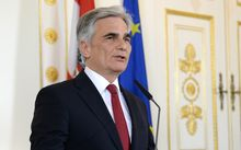 Austrian Chancellor Werner Faymann announces his withdrawal from all his offices.