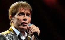 Cliff Richard in concert at the Olympia in Paris, June 2014