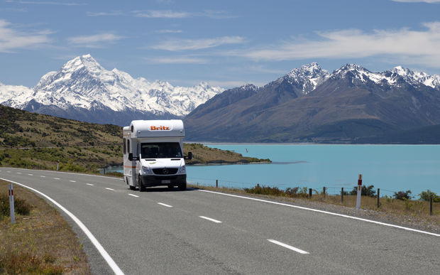 Campervan on Mount Cook Road with Mount Cook and Lake Pukaki, Mount Cook National Park, UNESCO World Heritage Site, Canterbury, South Island, New Zealand.