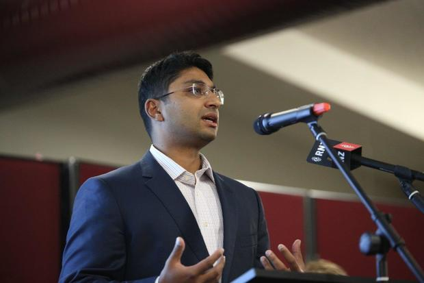 Shamubeel Eaqub at a housing meeting in Auckland May 2016