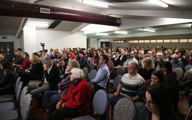 Some 300 people turned out to a meeting on Auckland's housing.