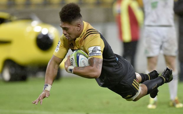Ardie Savea scores the first of his two tries for the Hurricanes in their 27-20 win over the Highlanders.