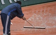 Rain washes out the day's play at the French Open.