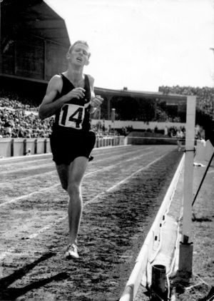 New Zealand middle distance runner, Sir Murray Halberg, during a race.