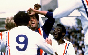 Escape to Victory thumb