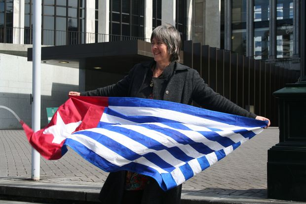New Zealand Greens MP Catherine Delahunty is pushing for an independent fact-finding mission to West Papua.