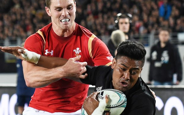 Julian Savea scored a great try but had a tough night against George North in the first test against Wales.