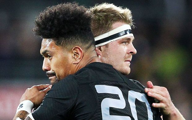 The All Blacks' flankers Ardie Savea and Sam Cane.