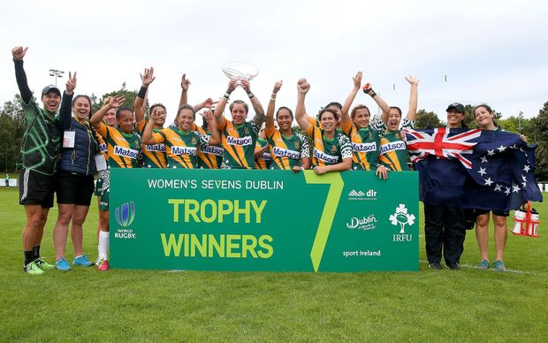 Cook Islands celebrate winning the Challenge Trophy at the Dublin Sevens.