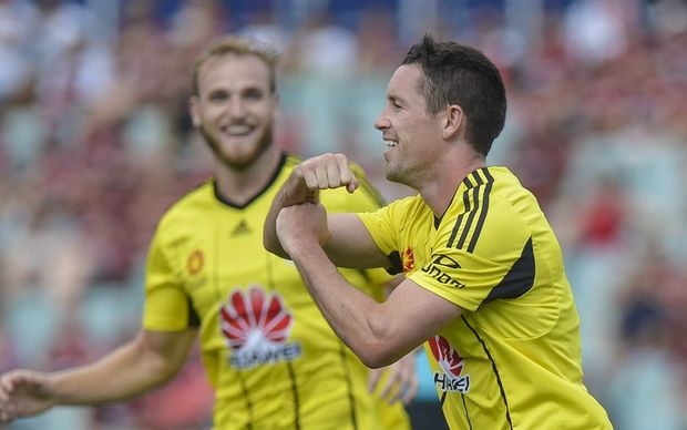 Wellington Phoenix forward Blake Powell celebrates as he scores against Western Sydney Wanderers at Pirtek Stadium, Parramatta, Australia, 14.02.2016