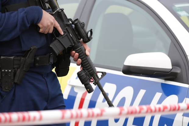 Police commissioner wants amnesty on illegal guns | RNZ News