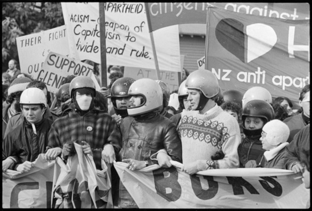 Anti Springbok tour protesters in Hamilton, 1981. Photo by Phil Reid.