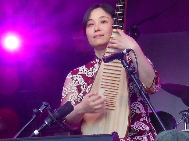 Pipa master Wu Man performing at WOMAD in Adelaide in 2011