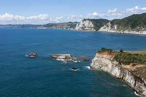 The Whitecliffs coastline offers spectacular scenery.
